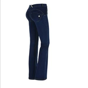 Freddy WR.UP flare mid rise long push up jeans 4